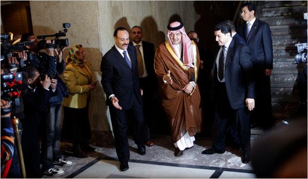 Libia: anche il mondo arabo scarica il colonnello