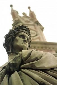 Statua di Dante in Santa Croce