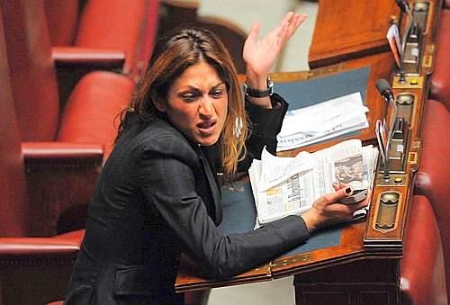 Anche due parlamentari tra i reclutatori di donne per for Parlamentari donne