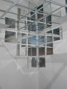 Specchi sul soffitto il compromesso tra voyeurismo e for Stanza sopra il garage