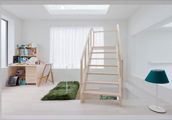 Una scala giusta per ogni stile i for Piani di casa con scala curva