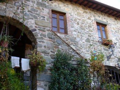 pescaglia caratteristica casa in pietra