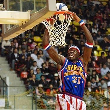 Harlem Globetrotters: le tappe italiane del basket show