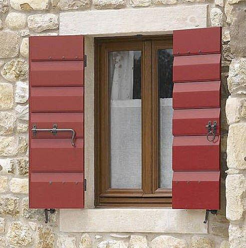 Persiane in legno originali for Scuri in legno costo