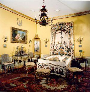 Camera da letto avveniristica - Camera da letto antica ...