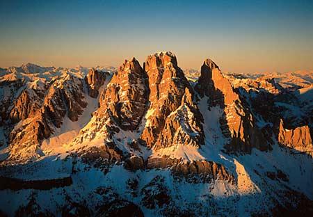 Le dolomiti montagne per il relax for Melaminico wikipedia