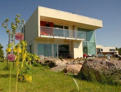 Casa moderna ed innovativa for La casa moderna
