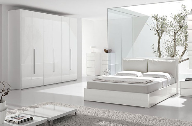 Moderna camera da letto color bianco neve - Notizie.it