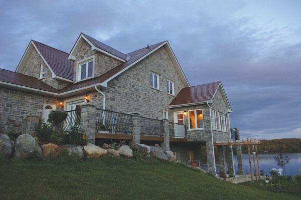 Esclusiva casa in canada for Stile a casa canada