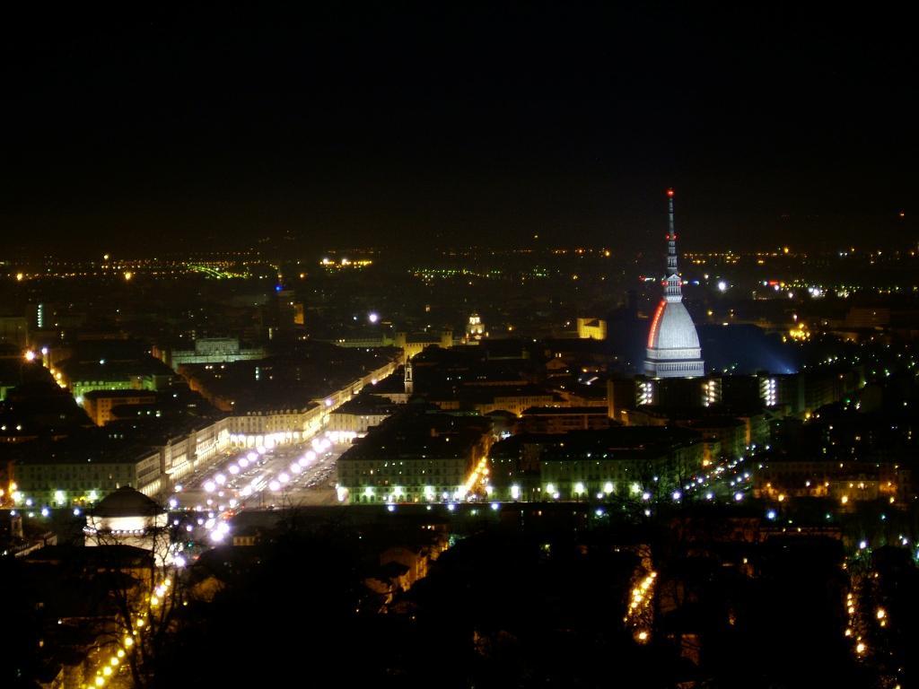 Torino moderna metropoli del piemonte capitale del for Casa moderna torino