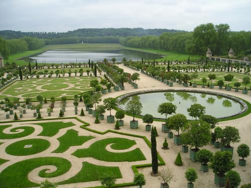 Il duca di saint simon sparla anche del parco di for Charles che arredo la reggia di versailles
