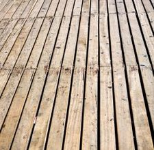 article page main ehow uk images a07 81 47 treat wooden deck 800x8001