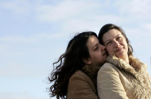Matrimonio lesbo in Portogallo, nozze tra Teresa Pires ed Helena Paixao