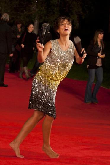 Roma Film Festival 2011: Ambra Angiolini senza scarpe sul tappeto rosso