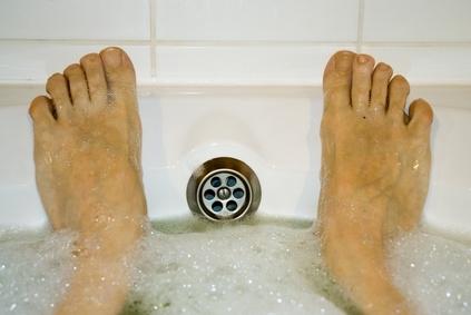 Eliminare le tossine con i sali da bagno - Sali di epsom bagno ...