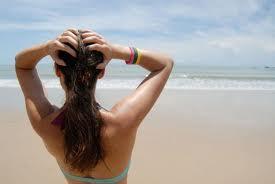 capelli e unghie al sole L avCpAS