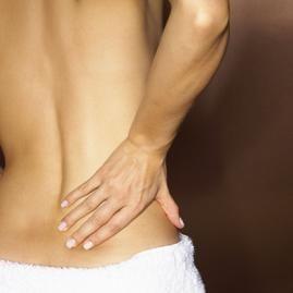 Quali sono le cause di dolore al fianco destro in una donna?