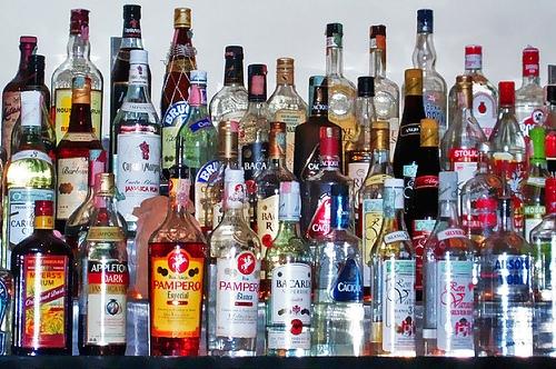 Quello che è migliore per cucire da alcolismo
