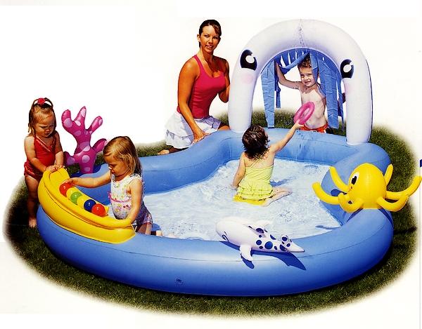 Giochi per bambini in piscina - Piscine gonfiabili per bambini ...