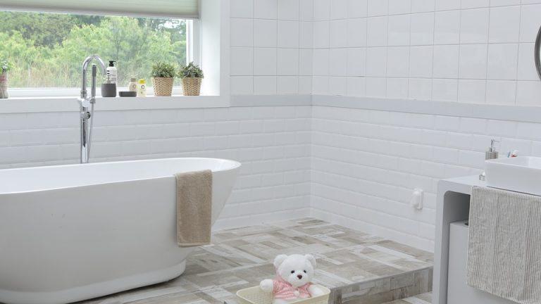 Come rimuovere l 39 odore di urina dal bagno - Bagno purificatore ...