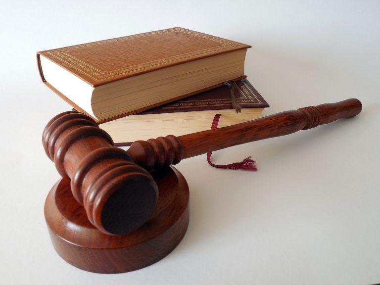 scrivere una lettera ad un giudice