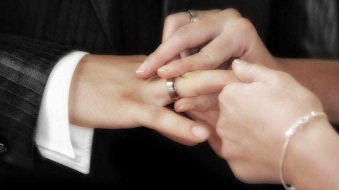 Promesse di matrimonio personalizzate: esempi di testo
