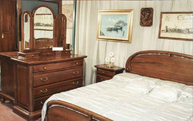 Camera da letto in arte povera: stile, materiali e prezzi ...