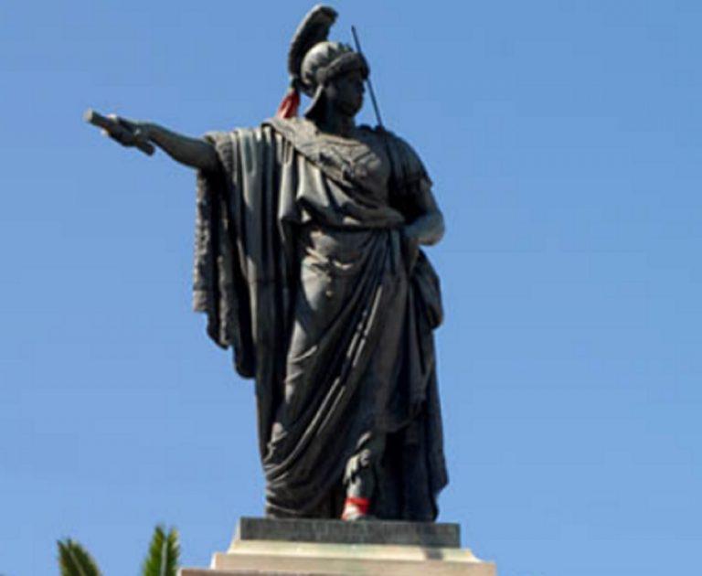 Statua Carlo Felice a Cagliari (Sardegna)