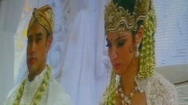 Coppia di sposi malesi