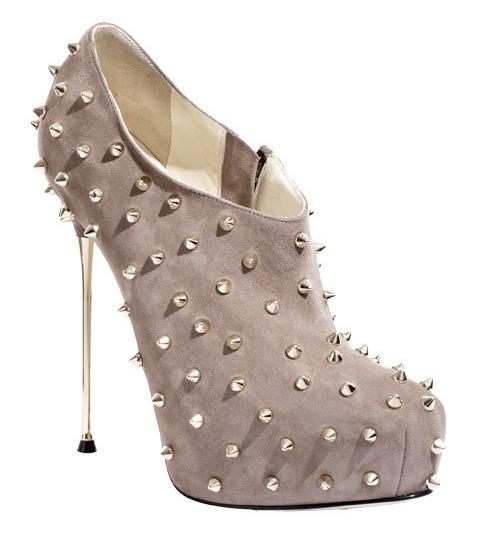 Brian Atwood: scarpe con borchie Cohen Borchie, Collezione Autunno/Inverno 2011/2012