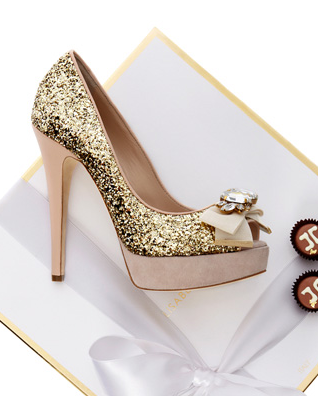 Elisabetta Franchi: special box limited edition, scarpe décolletés glitterate oro Sweet & Sparkling, Collezione Autunno/Inverno 2011/2012