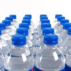 acqua minerale contaminata candeggina