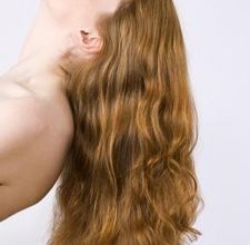 article page main ehow images a08 0n u2 apply coconut oil hair growth 800x800
