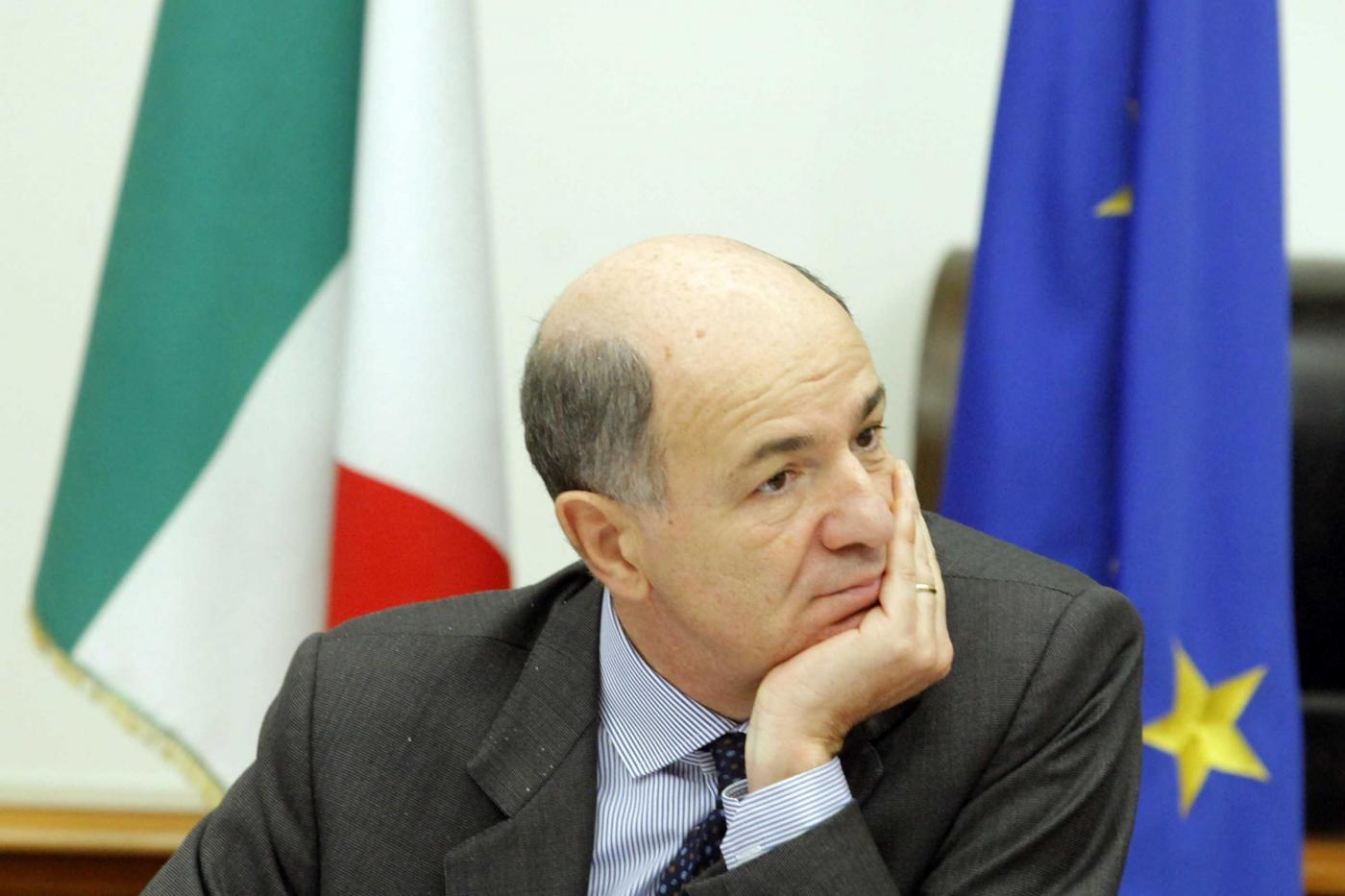 governo ministro passera su lavoro e grandi imprese in italia1