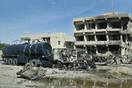 L'autocisterna che ha colpito la base italiana a Nassiriya