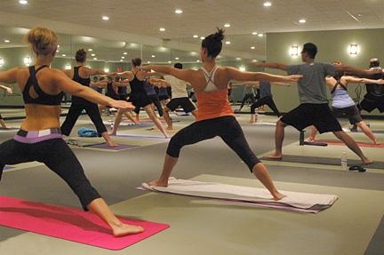 hot yoga su tappeto da..yoga