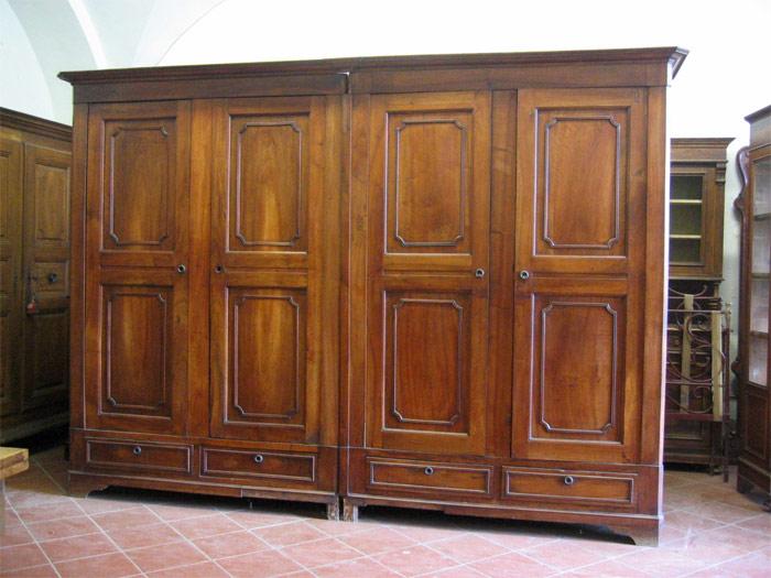 Innovativo ed eccentrico armadio in legno di noce nazionale COMMENTA