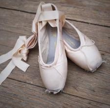 article page main ehow images a07 2s 44 choose ballet school 800x800