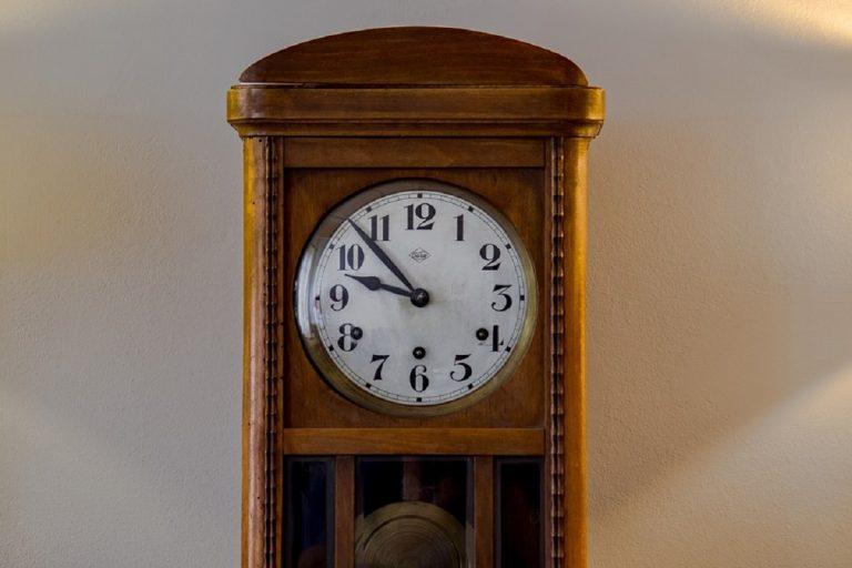 orologio a pendolo 768x512