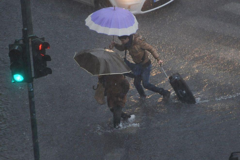 pioggia-genova-maltempo-111104141733_big