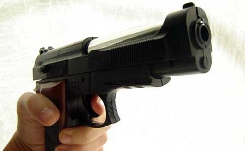 Uccide il rapinatore, indagato per eccesso di legittima difesa