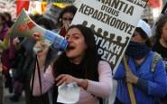 Protesta nelle strade di Atene