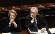 Cancellieri e Monti nel corso di una seduta parlamentare