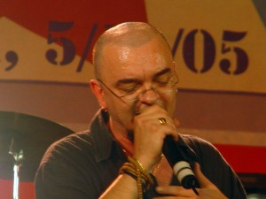 Danilo Sacco canta allAvana8 300x225