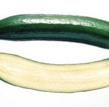article page main ehow images a08 ba qv deseed cucumber 800x800