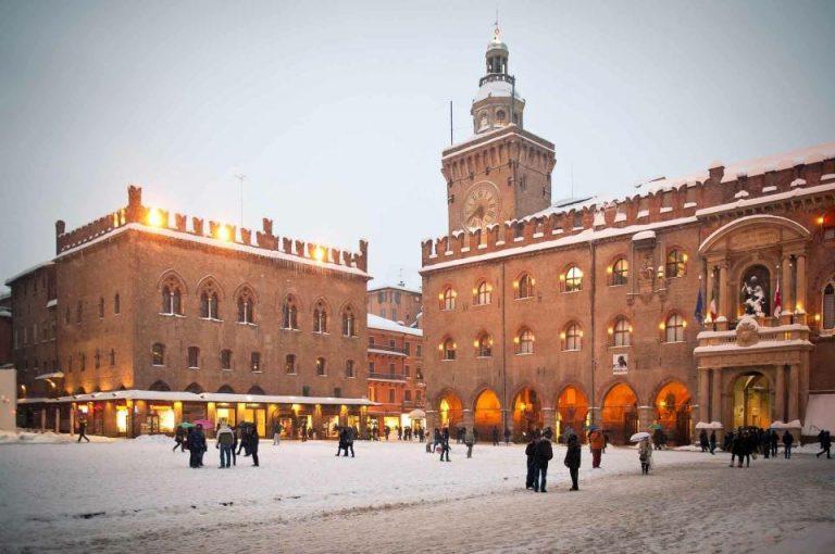 Bologna, distribuzione sale antighiaccio