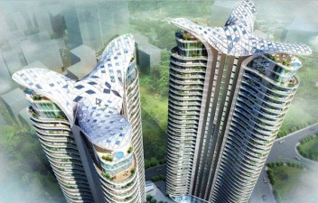 Glass-Balcony-Pools-at-Aquaria-Grande-Residential-3