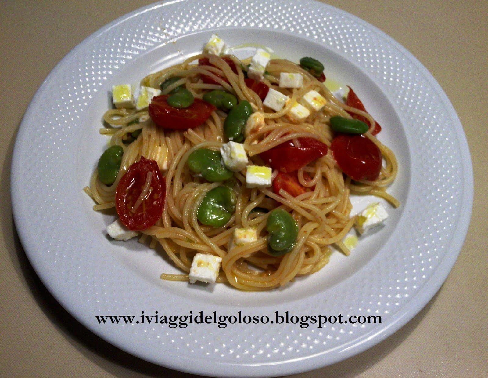 Spaghetti con pomodorini fave e feta 1