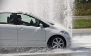 article new ehow images a05 oj dv clean rubber seals car 800x800 185x115