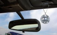 article new ehow images a07 73 69 install auto mirror glass 800x8001 185x115